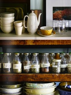 Reuse Milkbottles for your spices! Add a label and a cap to transform your spice cabinet!