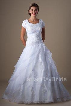 modest wedding dresses Roque
