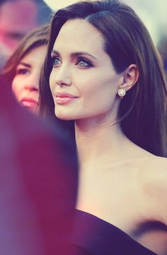 Angelina Jolie, one of the most beautiful women in the world. Beautiful Celebrities, Most Beautiful Women, Beautiful People, Stunningly Beautiful, Glamour, Brad And Angelina, Hollywood, Famous Faces, Woman Crush