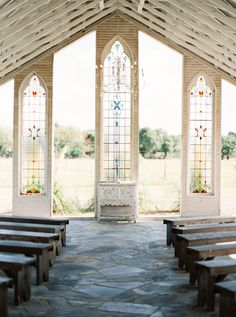 ceremony setup - photo by Jessica Scott Photography http://ruffledblog.com/intimate-colorful-wedding-at-gruene-estate