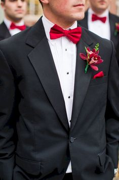 Adorable 25+ Marvelous Red Black and White Wedding Tuxedo Ideas https://oosile.com/25-marvelous-red-black-and-white-wedding-tuxedo-ideas-15791