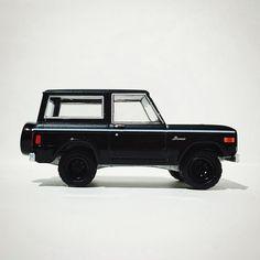 Black Bandit Ford Bronco #diecastphotography #hwc #diecast #ford #toypics #toycrew #greenlight #bronco
