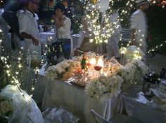Diner En Blanc Philadelphia debut - elegant table setting