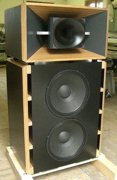 10 3 Way Top Coaxial Ideas Speaker Design Speaker Plans Loudspeaker