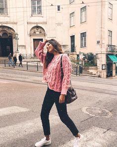 """1,368 Gostos, 6 Comentários - Bárbara Corby (@barbaracorby) no Instagram: """"Hello hello!! Quem está viciada em camisolas de malha e sapatilhas?! EU!! Estou a amar estes…"""""""
