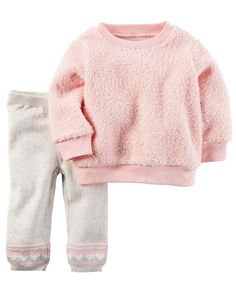 Featuring super soft sherpa, this top pairs perfectly over sweater knit pants on chilly fall days!
