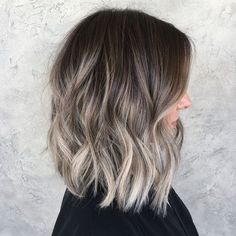 These lighter ends are giving me life 💜✨with help from my rad assistant Ash Blonde Balayage Short, Brown Balayage Bob, Hair Color Balayage, Ombre Hair, Balyage Bob, Baylage, Brown Hair With Silver Highlights, Ash Brown Hair, Hair Color And Cut