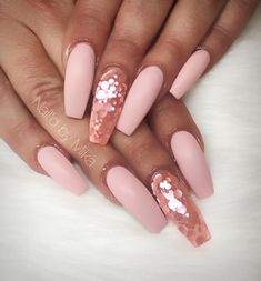 Best Nail Art Decorations To Choose Ongles Or Rose, Sns Nails, Glam Nails, Nude Nails, Acrylic Nails, Nail Art Designs, Rose Gold Nails, Ballerina Nails, Make Up
