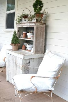 Faded Charm: ~Holidays on the Porch~