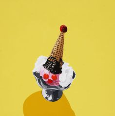 @tekneitalia - #icecream poster - illustration - Painting by Lori Larusso