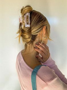 Clip Hairstyles, Summer Hairstyles, Trendy Hairstyles, Athletic Hairstyles, Short Hair Ponytail Hairstyles, Braided Hairstyles, Hairstyles Videos, Metal Hair Clips, Accesorios Casual