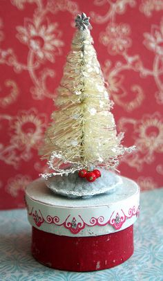 bottle brush tree // Encontrado en flickr.com Flickr winter frost por bluegirlxo en Flickr
