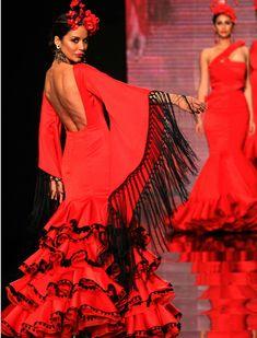 Mexican Costume, Folk Costume, Flamenco Costume, Flamenco Dresses, Spanish Culture, Trumpet Skirt, Tribal Dress, Wedding Costumes, Festival Wear