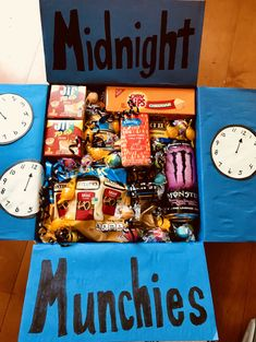 College Care Packages - Creative Art Room package ideas for friend distance Cute Birthday Gift, Birthday Gifts For Best Friend, Diy Birthday, Best Friend Gifts, Cool Birthday Presents, Ideas For Birthday Gifts, Cute Gifts For Friends, Birthday Sayings, Birthday Images