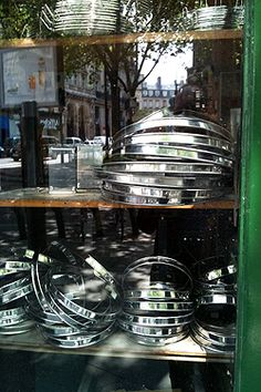 The Cookware and Restaurant Supply Shops of Paris (guide and listings)