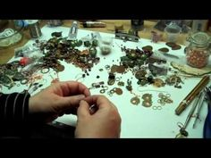 awesome DIY Bijoux - WOW! 63 instructional jewelry-making videos by B'sue Boutiques...