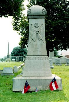 General James Dearing grave in Spring Hill Cemetery in Lynchburg, VA. Was wounded at Appomattox Courthouse and died in Lynchburg. The last officer killed during the Civil War. Confederate Statues, Confederate Monuments, Confederate States Of America, James Griffin, Cemetery Monuments, Southern Heritage, Famous Graves, Civil War Photos, American Civil War
