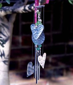Why not take some time out and make these pretty metal wind chimes for your home? The charming tinkling sounds that these wind chimes make will really add to the atmosphere of any home or garden at any time of year. http://www.home-dzine.co.za/crafts/craft-chime.htm#