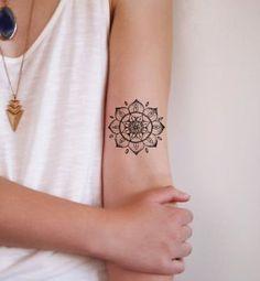 Un mandala sur le bras