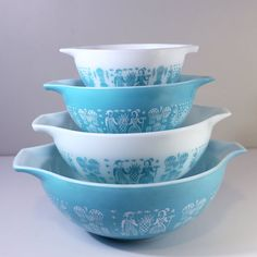Vintage Pyrex Cinderella Butterprint Full Set of Four 4 Nesting Bowls Turquoise White Amish Farmer Collectible Farmhouse Chic