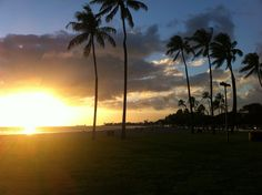 One of our favorite times of day is #sunset. This photo was snapped at Ala Moana Beach Park as the sun descended. #Hawaii #travel #travelideas #Oahu