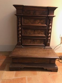 17th c.  Italian Baroque Walnut Prie Dieu Prayer Kneeler Credenza from Le Marche, Italy.
