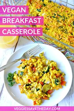 Vegan Breakfast Casserole is loaded with seasoned tofu scramble, colorful vegetables, and crispy tater tot potatoes. This easy recipe is perfect for brunches and Christmas morning! Vegan Breakfast Casserole, Christmas Breakfast Casserole, Vegan Breakfast Recipes, Vegetarian Recipes, Apple Breakfast, Overnight Breakfast, Healthy Meals, Healthy Recipes, Easy Recipes
