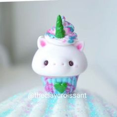 """Unicorn frappuccino cupcake I made the horn green to try to represent the real Starbucks unicorn frappuccino and I used a green heart for the logo on the cup ^.^ I accidentally uploaded this twice again because """"edit"""" is so close to """"share"""" I'M SO DERP GUYS!!! I even MISSPELLED my watermark in my last video!! ------------------------------------------------------------------ #polymerclay #claycharms #clay #charms #unicornfrappuccino #jewelry #food #foodie #instafood #foodpics #..."""