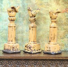 Tuscan Style Fleur De Lis Bird Columns, Yellow, Distressed Pottery Bird Decor
