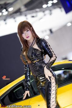 Famous Korean race queen Hwang Mi Hee at the Seoul Motor Show 2013 event.