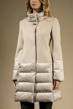 Coat in pure wool with down quilting