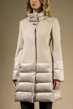 Cappotto in pura lana con inserti in piuma d'oca - Cappotti - Cappotti e Giacconi