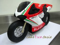 This is officially one of my favourite cakes! This was a continuation of the Chanel bag cake and army beret cak. Ducati Motorbike, Motorcycle Cake, Birthday Cupcakes, Birthday Party Themes, Birthday Ideas, Army Beret, Husband 30th Birthday, Bag Cake, 3d Cakes