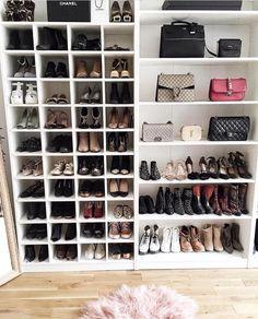 Best Walk In Closet Room Decor Shoe Storage 21 Ideas Bedroom Storage Ideas For Clothes, Bedroom Storage For Small Rooms, Closet Ideas, Closet Shoe Storage, Diy Shoe Rack, Shoe Racks, Purse Storage, Shoe Rack In Closet, Shoe Storage In Closet