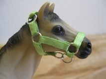 Handmade tack site for Schleich horses.