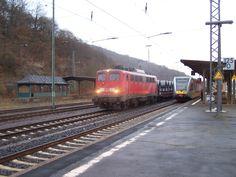 2011.11.27. 140-858 Hat den Coilzug nach Dillenburg Nachgeschoben
