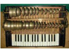 Keyboard Musical Instrument, Making Musical Instruments, Music Instruments, Sound Of Music, Good Music, Brisbane, Portable Piano, Music Power, Cigar Box Guitar