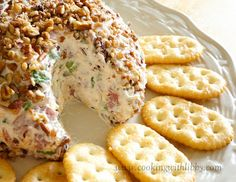 and Easy Cheese Ball Dip Cooking With Libby: Cheeseball Dip: Cream Cheese, Budding Beef, Green Onions.Cooking With Libby: Cheeseball Dip: Cream Cheese, Budding Beef, Green Onions. No Cook Appetizers, Quick And Easy Appetizers, Cheese Appetizers, Appetizer Dips, Appetizer Recipes, Party Appetizers, Dip Recipes, Sunday Recipes, Party Dips