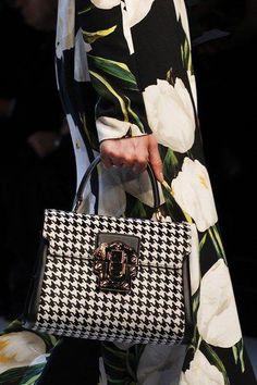 бархатные сумки 2016   Модные тенденции   Модные сумки, Мода осень и Сумки 05a2541515a