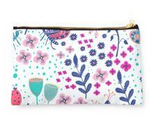 Studio Clutch Studio, Illustration, Bags, Shopping, Fashion, Modern Patterns, Florals, Handbags, Moda