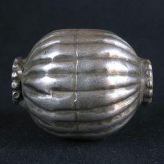 Old COLLARED SILVER bead. YEMEN