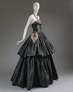 Jeanne Lanvin gown, 1939, via  The Metropolitan Museum of Art.