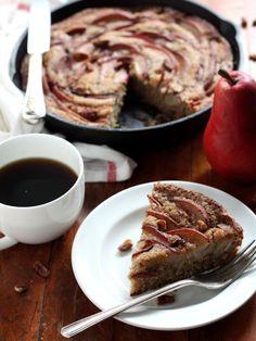 Pear Cinnamon-Sugar Skillet Cake