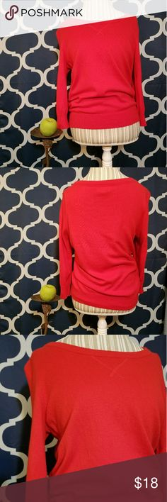 🌻🌺🌻JCPENNEY CASHMERE BLEND SWEATER!! SIZE:large   BRAND:JCPenney   CONDITION:like new, no flaws   COLOR:red ( best seen in last photo)   🌟POSH AMBASSADOR, BUY WITH CONFIDENCE!   🌟CHECK OUT MY OTHER ITEMS TO BUNDLE AND SAVE ON SHIPPING!   🌟OFFERS WELCOME!   🌟FAST SHIPPING! jcpenney Sweaters