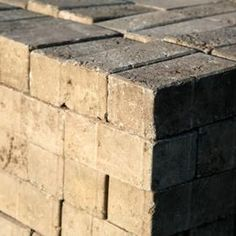 Making your own brick molds makes it even less expensive to cast your own bricks. Concrete Front Steps, Concrete Bricks, Concrete Cement, Concrete Crafts, Brick Pavers, Concrete Projects, Brick Molding, Diy Molding, Moldings