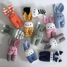 L'image peut contenir: 1 personne, lignes     Görüntünün olası içeriği: 1 kişi, çizgiler L'image peut contenir: 1 personne, lignes Crochet Baby Toys, Crochet Amigurumi, Easter Crochet, Crochet Bunny, Cute Crochet, Beautiful Crochet, Crochet For Kids, Crochet Motifs, Basic Crochet Stitches