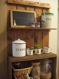 Twitterより。すのこを使ったキッチン家具。
