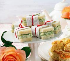 Gurkensandwiches gehören zur englischen Tee-Zeit wie Brot zum Schweizer Fondue. Und die Häppchen sehen auch noch gut aus.