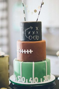 Football birthday party ideas will's big 13 football birthda Sports Birthday, 1st Birthday Parties, Cake Birthday, Football Birthday Cakes, Football Field Cake, Football Themed Cakes, Birthday Nails, 9th Birthday, Birthday Ideas