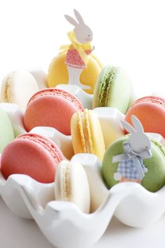 easter macarons.. Happy Macaroon Day!°°